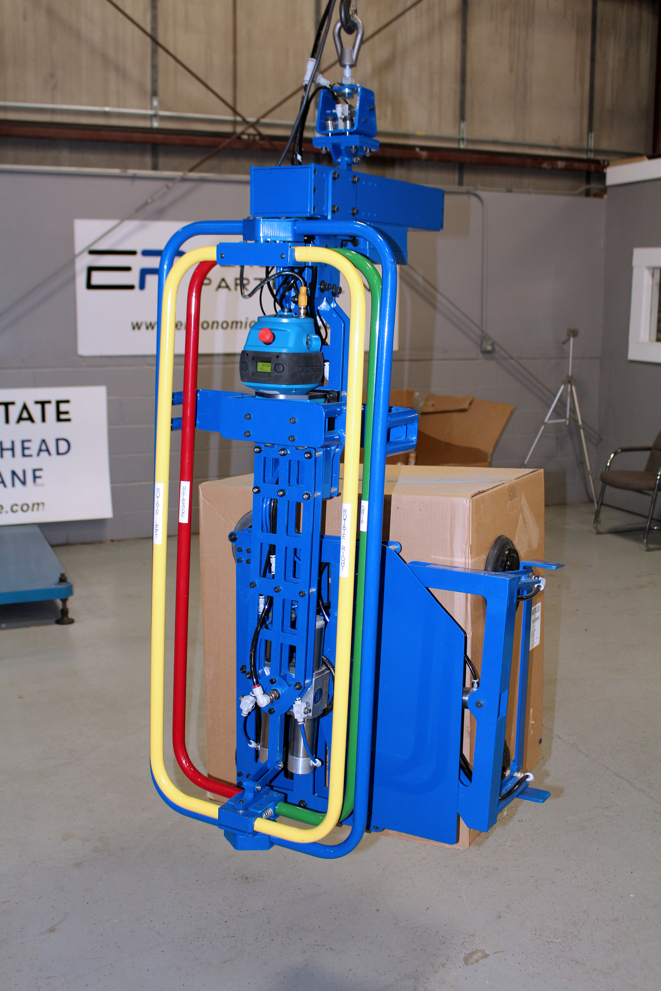 Box Lift Assist : Ergonomic lift assists and lifting devices for rolls