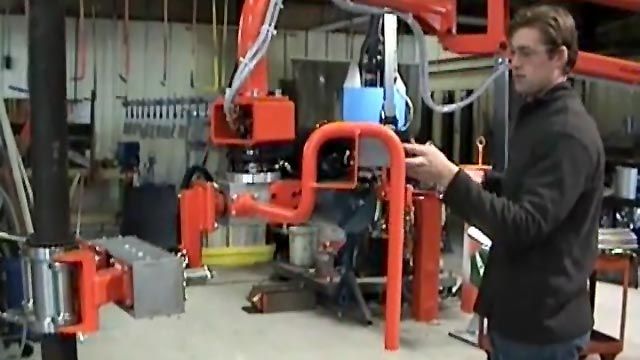 Manipulator Arm with Grip and Rotate for Lead Pipes
